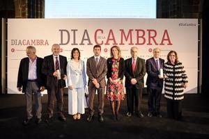 Las empresas del Baix Llobregat premiadas en el Dia de la Cambra, con el president Joan Canadell en el centro