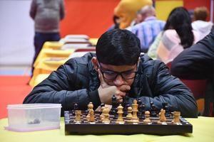 Quinta ronda de El Llobregat Open Chess: cruzando el Rubicón