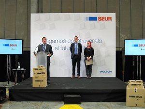 SEUR inaugura un centro operativo en el Prat de 9.000 metros cuadrados