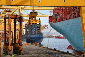El comercio español en peligro