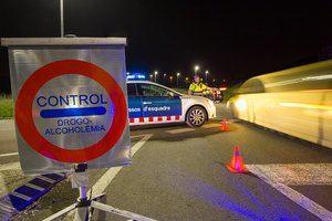 Los Mossos detienen a un camionero que quintuplicaba la tasa de alcoholemia