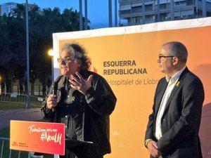 El diputado Joan Tardà durante el acto de homenaje de esta tarde en L'Hospitalet.