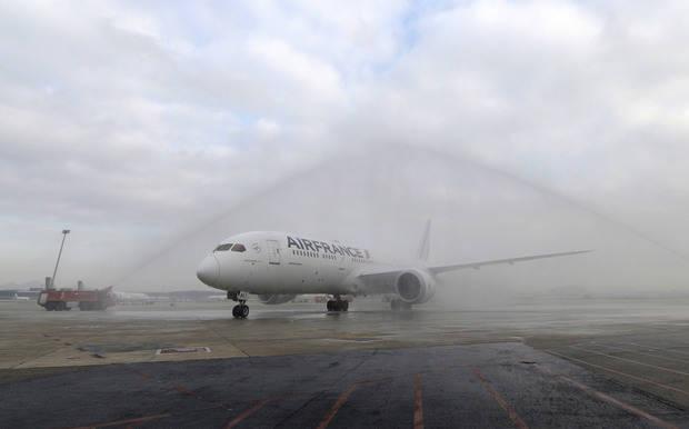 El Boeing 787 de Air France aterriza, por primera vez, en Barcelona-El Prat por el aumento de la demanda del Mobile World Congress