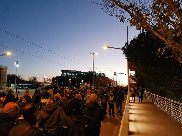 Los manifestantes en Esplugues, esta mañana.