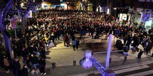 El Prat salió a la calle tras el asesinato para condenar la violencia machista.