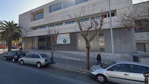 Cierre preventivo de la Escola Oficial d'Idiomes de El Prat por un caso de coronavirus