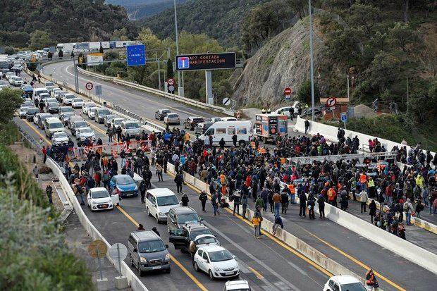 Corte de la frontera en La Jonquera impulsado por Tsunami Democràtic.
