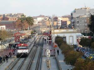 Foment es compromet a fer una proposta 'retallada' per soterrar les vies a Sant Feliu de Llobregat