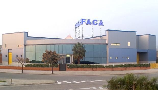 FACA Packaging de Cornellà celebra su primer medio siglo apostando por la tecnología