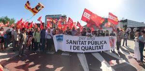 El Baix vuelve a la calle en defensa de la sanidad pública