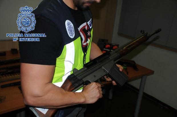 Una de las armas incautadas.