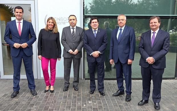 Gustavo González, Blanca Sorigué, Anwar Zibaoui, Galo Molina, Pere Navarro y Antonio Llobet.