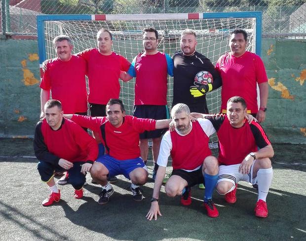 Integrantes del Futbol Club Santboià-Fundació Marianao.