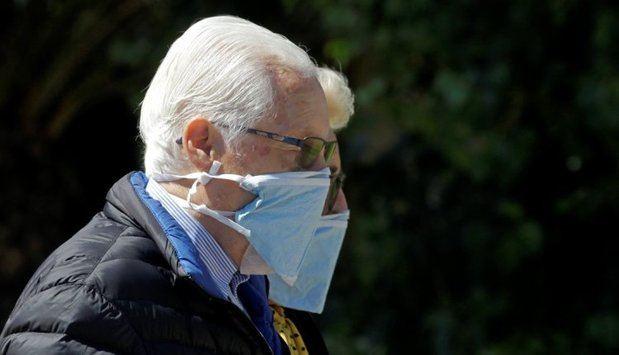 Gavà controla de forma personalitzada a 7.000 persones grans per evitar que es contagiïn de coronavirus