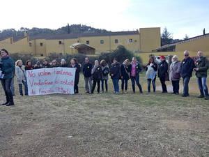 Vodafone enerva Torrelles amb una antena al costat d'una escola