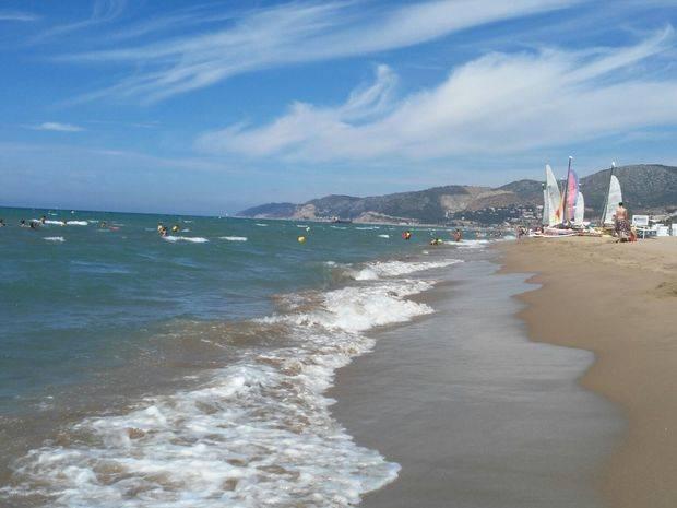 Castelldefels, mar y montaña