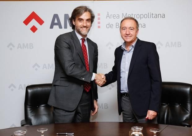 L'AMB i Nissan renoven l'acord per impulsar la flota de vehicles elèctrics