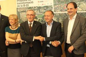 El Baix Llobregat s'abraça a la Diagonal de Barcelona
