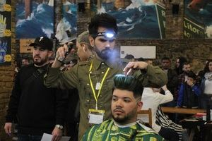 El barbero santboiano Miguel José Díaz García, premiado en el 'Golden Chair Internacional'