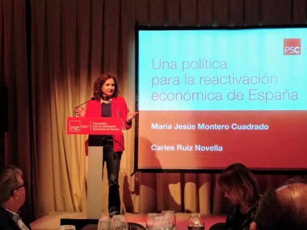 La ministra Montero durante la conferencia en Viladecans.