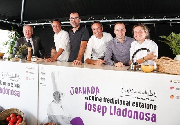 Lladonosa, padre de la cocina tradicional catalana, a la izquierda.