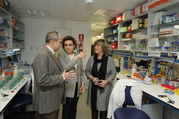La ministra de Sanidad da el visto bueno al desarrollo del 'Biopol' de L'Hospitalet