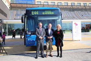 AMB inaugura el servicio de bus 'Exprés' entre Zona Universitaria y el Hospital de Sant Joan de Déu