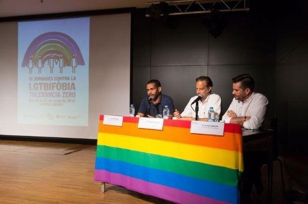 Anteriores jornadas en Castelldefels contra la LGTBIfobia.