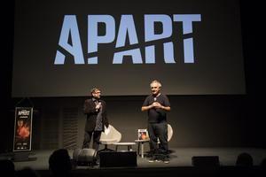Josep Sucarrats y Ferran Adrià presentando la nueva revista gastronómica APART