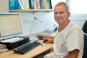 Ramon Lleonart, jefe de la Unidad de Alergología del Servicio de Medicina Interna del Hospital Universitario de Bellvitge.