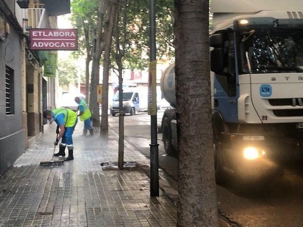 Actuación integral de limpieza viaria en once calles del barrio de la Florida