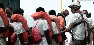 El rescate de los inmigrantes se produjo la noche del sábado al domingo.