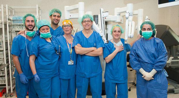 Miembros del equipo quirúrgico de urología del Hospital de Bellvitge