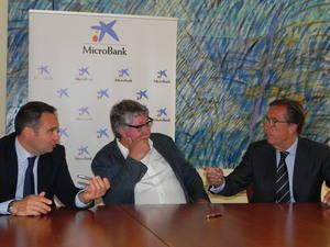 Un acord entre ProCornellà i MicroBank obriran una línia de crèdit d'un milió d'euros per emprenedors
