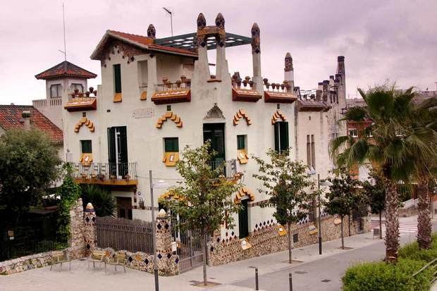 Sant Joan Despí destaca pels seus edificis modernistes.