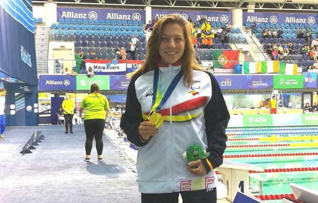 La nadadora de Castellví Nuria Marquès consigue el oro continental en los 100 metros espalda