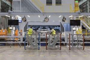Nissan dejará de producir este verano dos modelos en la fábrica de la Zona Franca de Barcelona