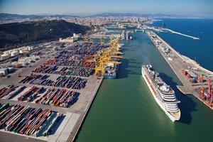 El Port de Barcelona dispara su tráfico en lo que va de año