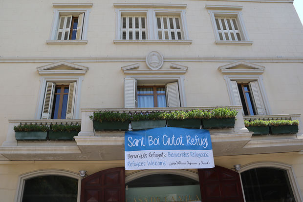 Sant Boi y el Prat también quieren acoger inmigrantes del Aquarius
