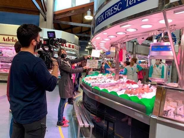 Peixateria Mercat Santa Eulàlia de l'Hospitalet a TV3