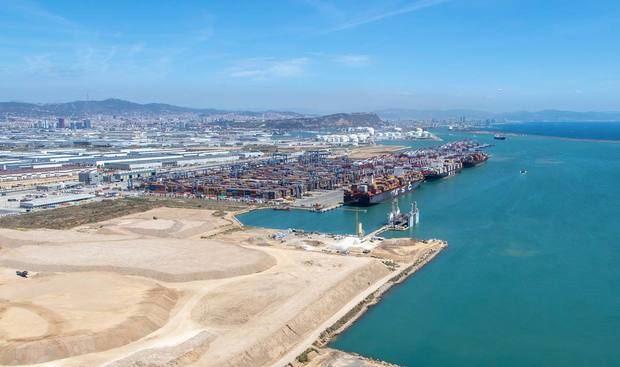 """Mercè Conesa: """"El Port de Barcelona activará el máximo de inversiones para acelerar la recuperación"""""""