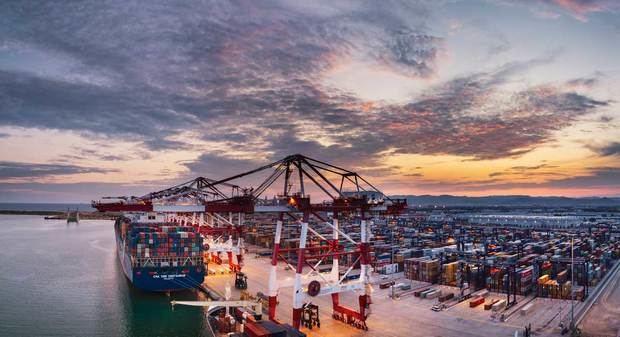 Avançar en la descabornització del transport marítim
