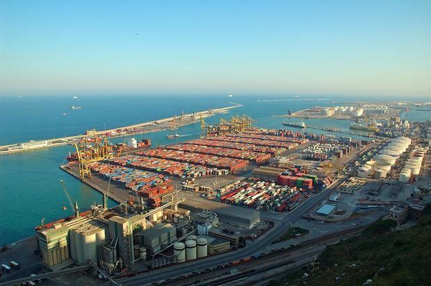 El Puerto mueve 52 millones de toneladas de mercancías en lo que va de año