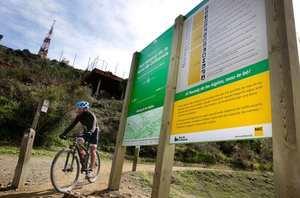 El éxito y la saturación del 'Passeig de les Aigües' amenaza la convivencia entre peatones y ciclistas