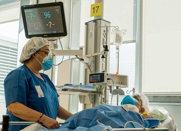 L'Hospital de Bellvitge reobre tots els quiròfans i s'adapta a la nova realitat postCovid-19