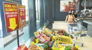 Los supermercados Lidl y Mercadona se vuelcan con los más necesitados