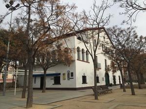 Viladecans rehabilitará la masía de Can Sellarès y renovará íntegramente sus equipamientos lúdicos y deportivos
