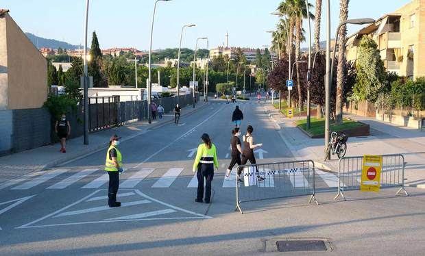 Sant Joan Despí incrementa los espacios reservados para peatones en la avenida de Barcelona