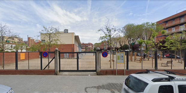 El Govern cierra la escuela Bernat Metge de El Prat a causa del coronavirus