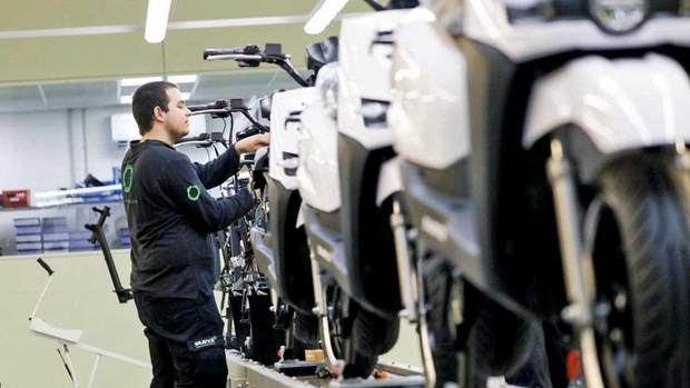 La empresa silence de sant boi lidera la movilidad sostenible con la fabricación de motos eléctricas